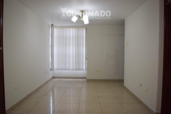 Dpto. vació Alquiler en Montserrate - 2do piso