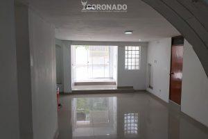 Local vacio alquiler 1 piso 100m2 El Recreo